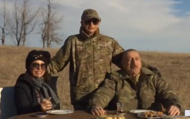 Prezident Cıdır düzündə çay içdi - Video