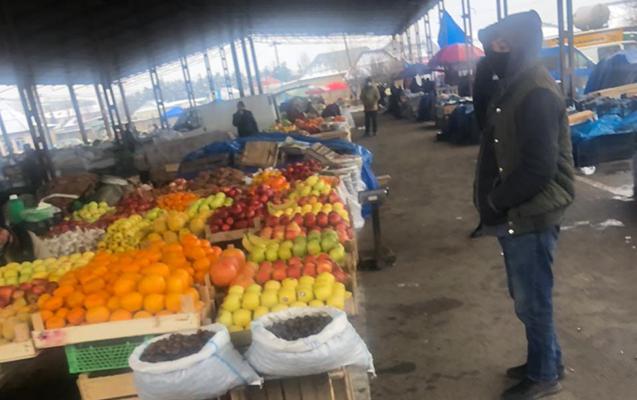 """""""Qərargahın icazəsi olsa da, rəis müavini bazarı bağlatdırdı"""""""