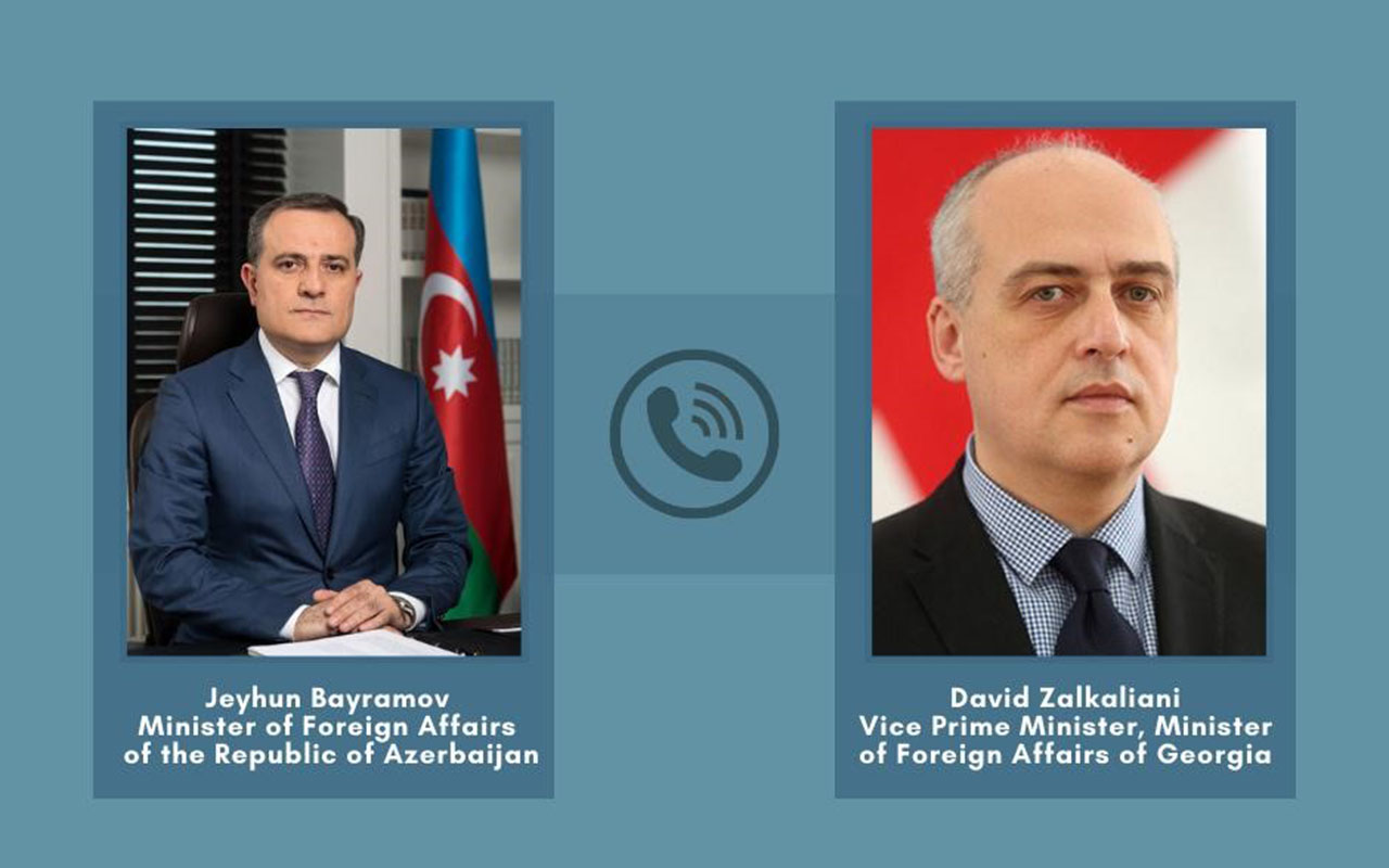 Ceyhun Bayramov gürcü həmkarı ilə telefonla danışıb