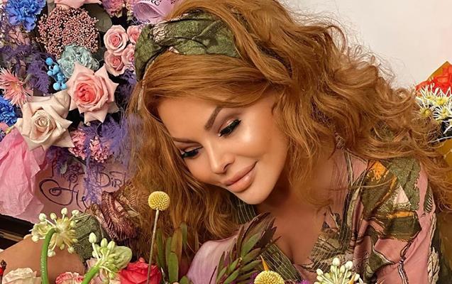 Aygün Kazımova 50 yaşını qeyd etdi