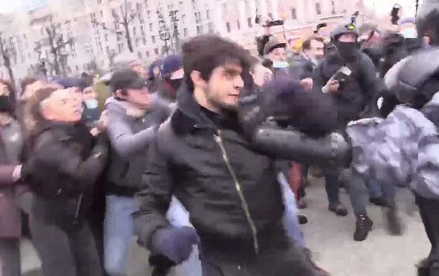 Moskvadakı mitinqdə gündəm olan Cumayev saxlanıldı