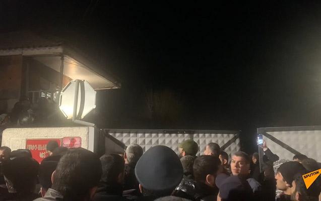 Azərbaycana 1, Ermənistana 5 hərbi əsir qaytarıldı