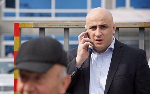 Gürcüstanın müxalif partiya lideri haqda həbs qərarı verildi