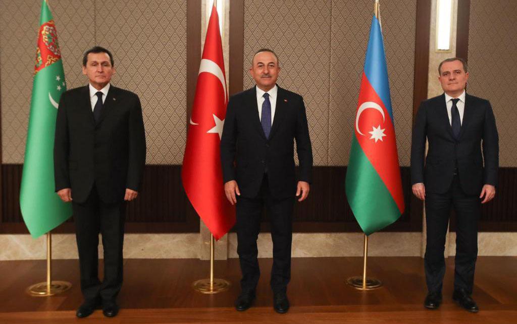 Ankarada XİN rəhbərlərinin üçtərəfli görüşü keçirildi