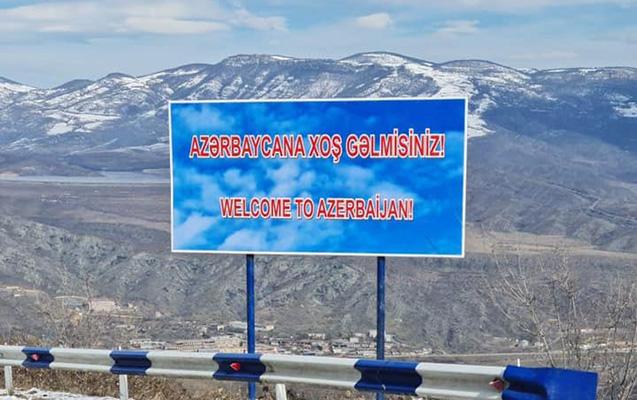 """""""Bu plakat Ermənistanda qıcıq doğurur"""""""