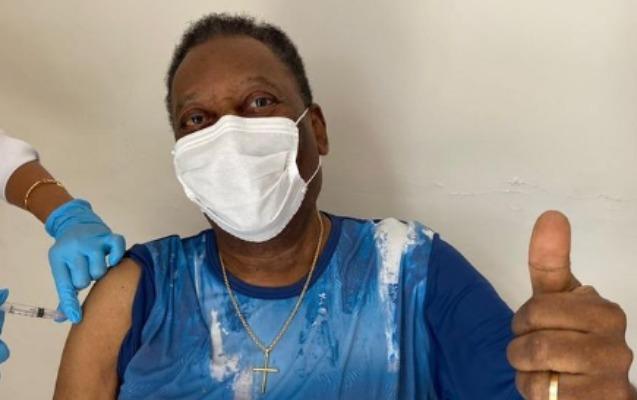 Pele koronavirusa qarşı peyvənd olundu