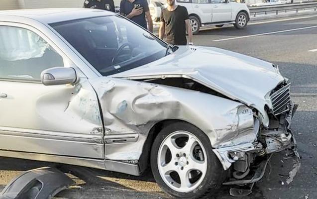 Gəncədəki qəzada üç nəfər yaralandı
