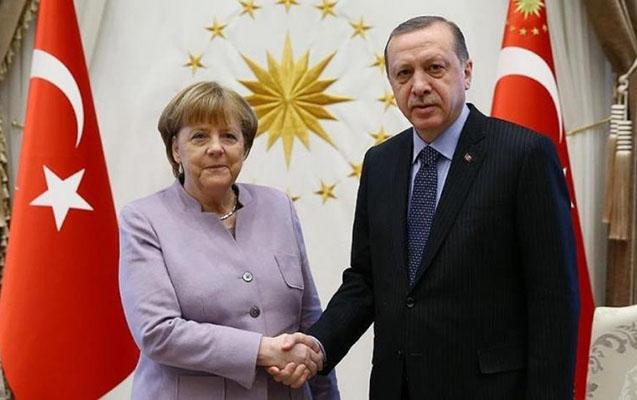 Ərdoğan Merkellə regional məsələləri müzakirə edib