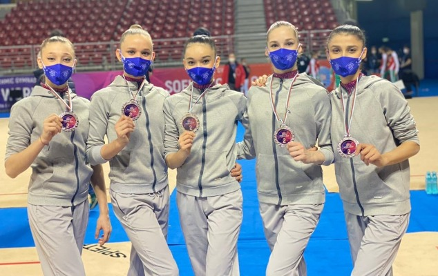 Gimnastlarımız Dünya Kubokunda gümüş medal qazandı