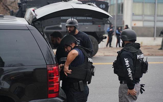 ABŞ-da liseyə silahlı hücum - Yaralılar var