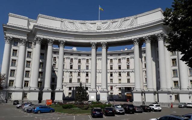 Ukrayna Rusiyanın Kiyevdəki səfirliyinin böyük diplomatını ölkədən göndərir