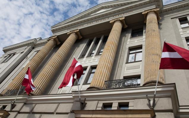 Latviya Rusiya diplomatını ölkədən çıxarır