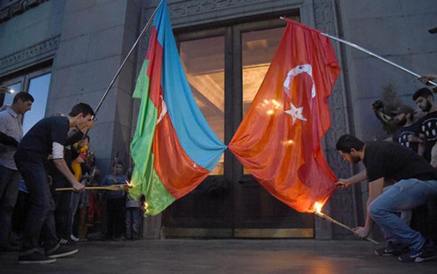 Yerevanda erməni acizliyi