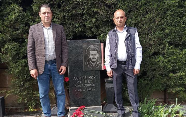 Albert Aqarunovun qardaşı Bakıda
