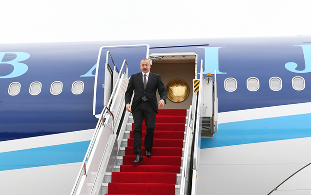 Prezident Naxçıvana getdi
