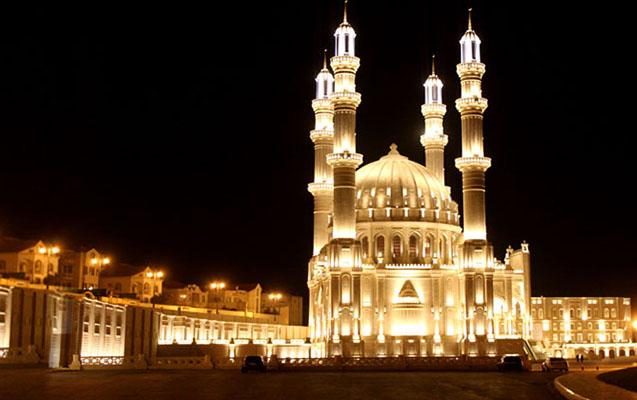 Azərbaycanda Ramazan bayramı qeyd edilir