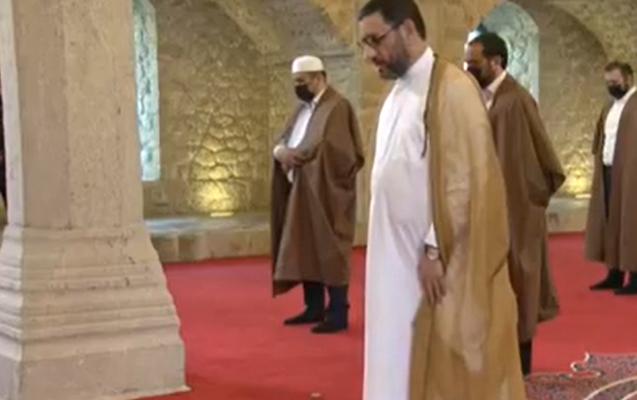 29 ildən sonra Şuşada bayram namazı... - Video