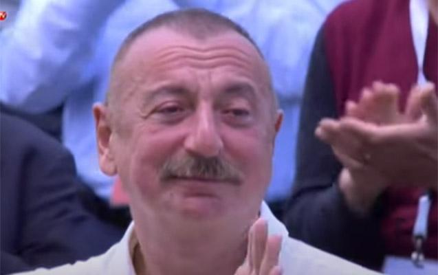 Şuşada atasının səs yazısını eşidən Prezident kövrəldi... - Video