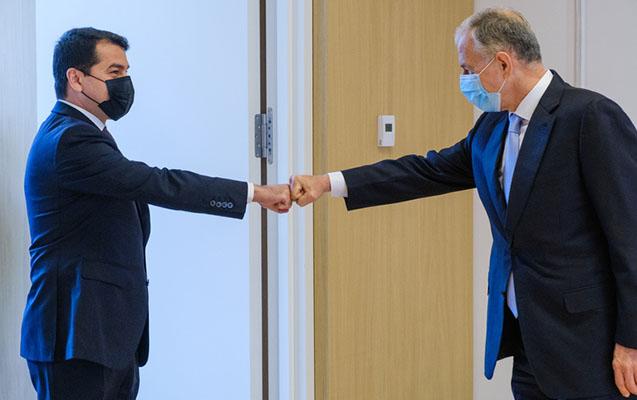 Hikmət Hacıyev NATO baş katibinin müavini ilə görüşdü