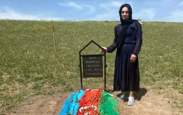 Raquf Orucovun qoyduğu nişanə ilə anasının məzarı tapıldı