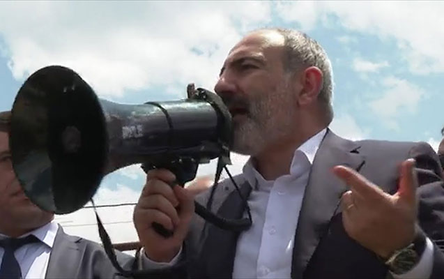 """""""Müharibəni uduzduq və buna görə məsuliyyət daşıyırıq"""" - Paşinyan"""