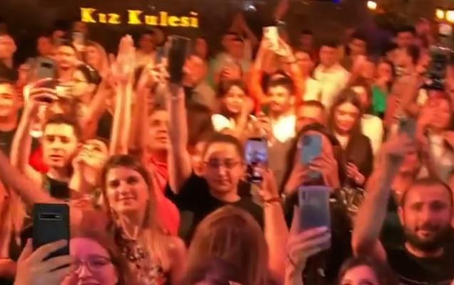 Toy deyil, Mustafa Cecelinin Bakı konsertidir...