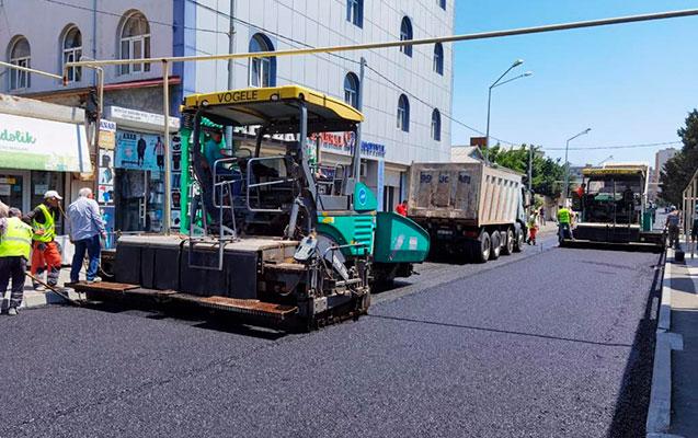 Suraxanıda növbəti küçə asfaltlanır