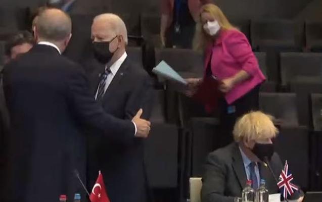 Türkiyə və ABŞ Prezidentləri arasında qısa söhbət