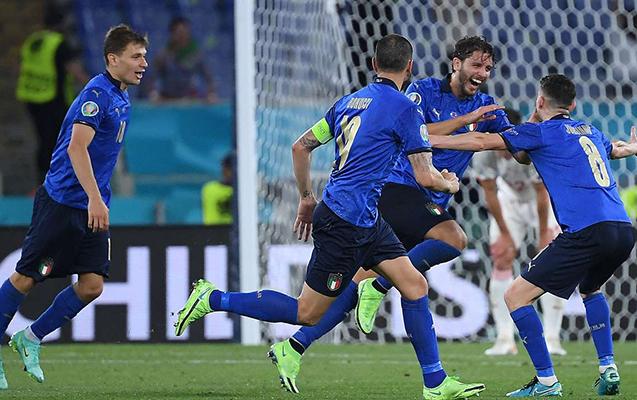 İtaliya 1/8 finalda!