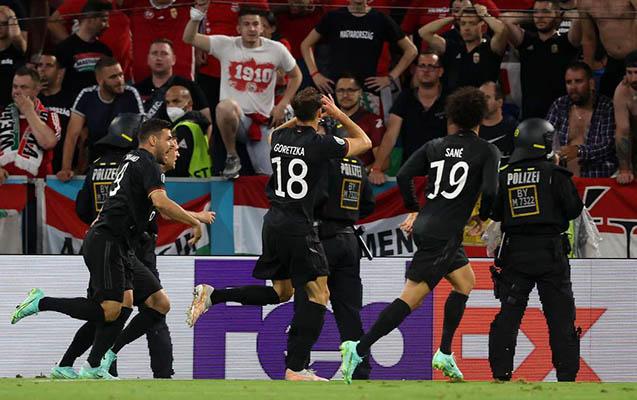 Fransa ilə Almaniya da 1/8 finala adladı