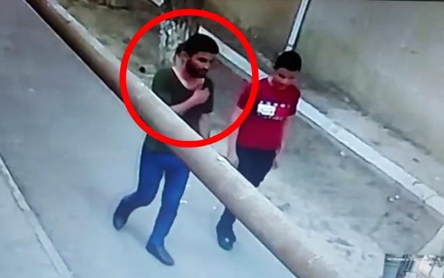 Azyaşlının telefonunu əlindən alan şəxs saxlanıldı - Video