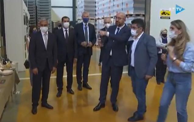 Şarl Mişel Meysəri şərabının dadına baxdı - Video