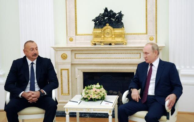İlham Əliyev Putinlə görüşdü