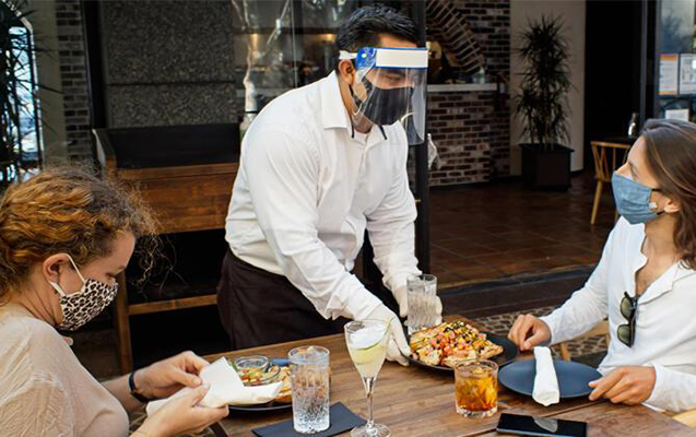 Türkiyədə də peyvənd olunmayanlar restorana buraxılmaya bilər