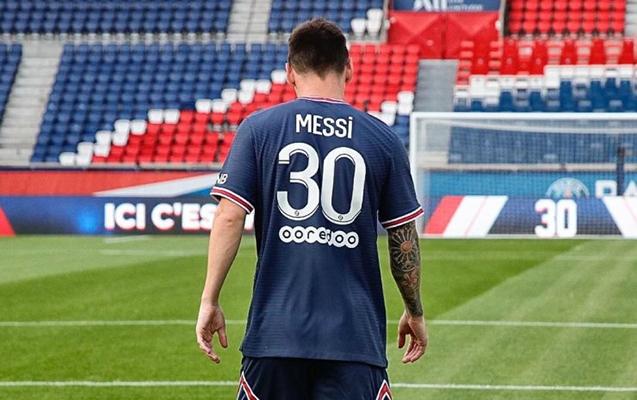 """""""PSJ"""" bir saata Messinin 250 min formasını satdı"""