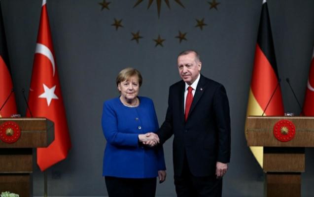 Ərdoğanla Merkel Əfqanıstandakı prosesləri müzakirə etdi