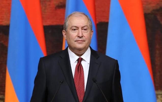 Ermənistan Prezidenti Fransaya getdi