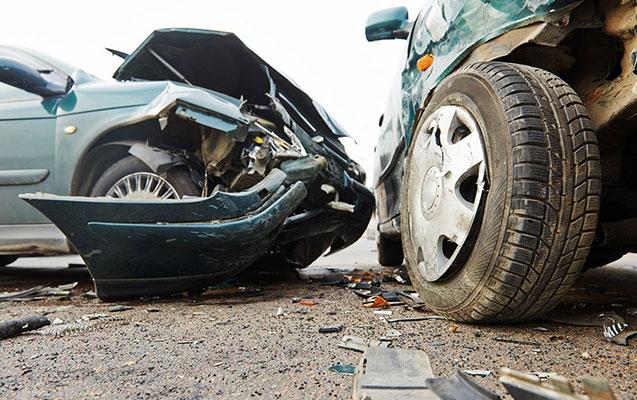 Abşeronda 3 avtomobil toqquşdu, biri yandı