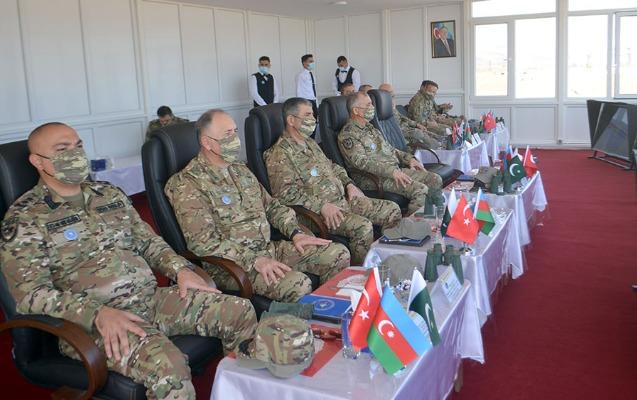 Azərbaycan, Türkiyə və Pakistan generalları təlimləri izlədi - Video