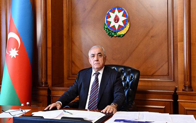 Əli Əsədov iclas keçirdi