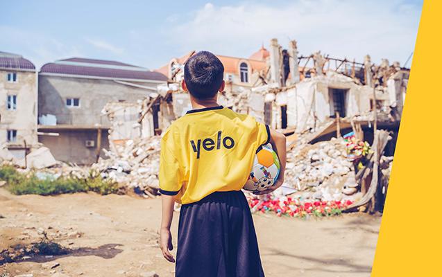 Yelo Bank-dan Gəncə məktəblilərinə dəstək