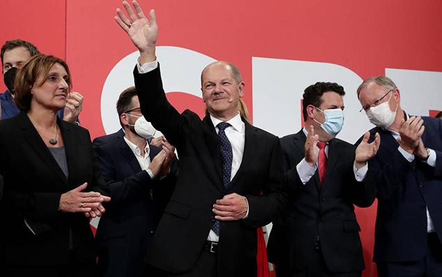 Merkelin partiyası seçkilərdə uduzdu