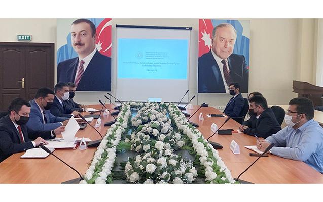 Məişət texnikası satan ticarət şəbəkələrinin nümayəndələri görüş keçirib