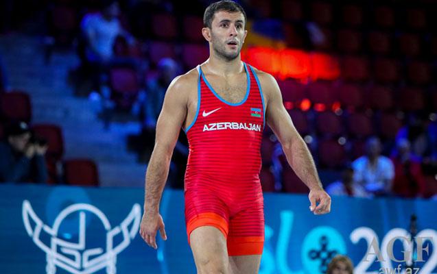 Rafiq Hüseynov dünya reytinqində lider oldu