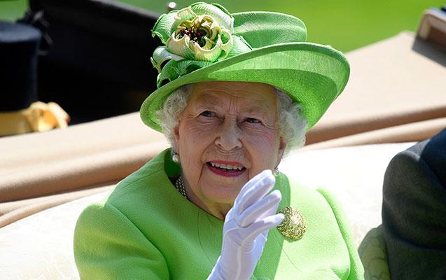 Kraliça 95 yaşında spirtli içkidən imtina etdi