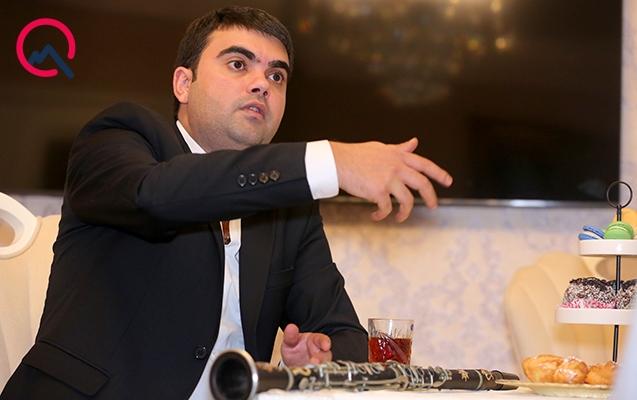 """""""Əjdaha klarnet çalır, adamlığı yoxdur..."""""""
