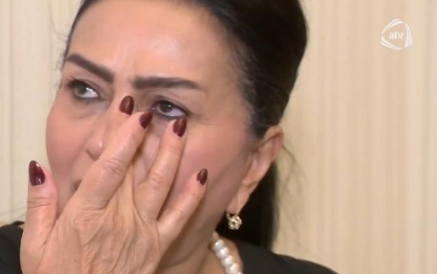 32 kv-lıq evdə yaşadığını deyib ağladı