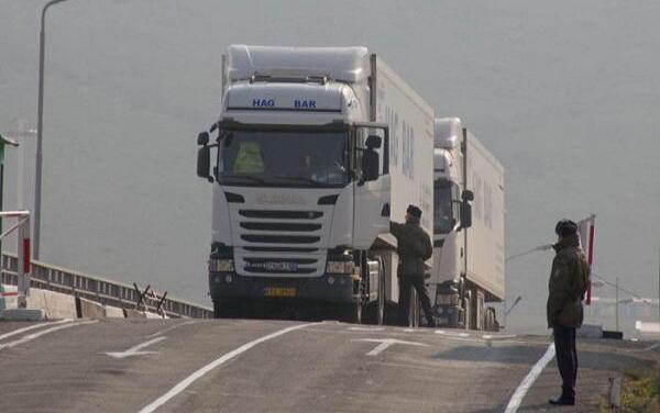 Azərbaycan iki İran vətəndaşını ölkələrinə qaytardı