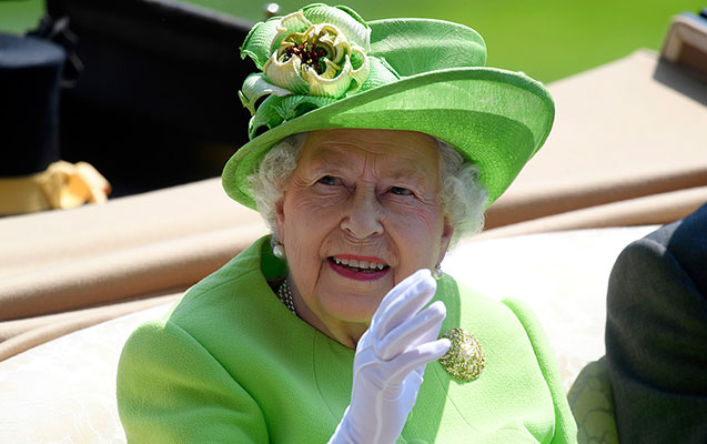 Kraliça xəstəxanaya yerləşdirildi