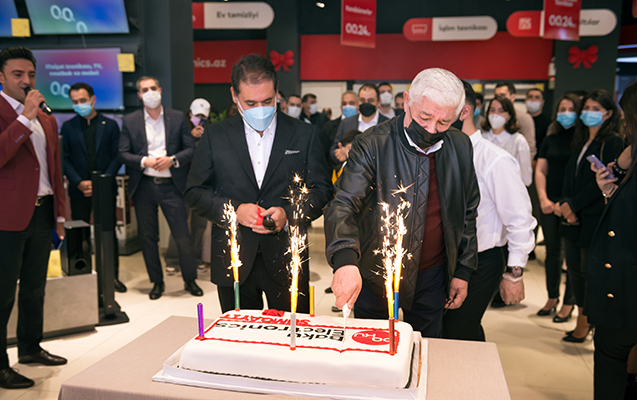 Baku Electronics 25-ci mağazasını açdı